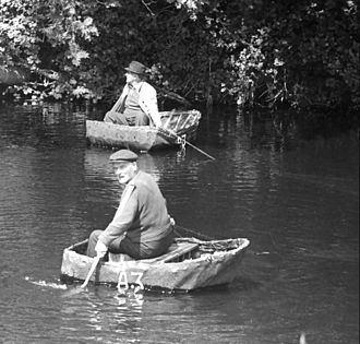 Coracle fishermen